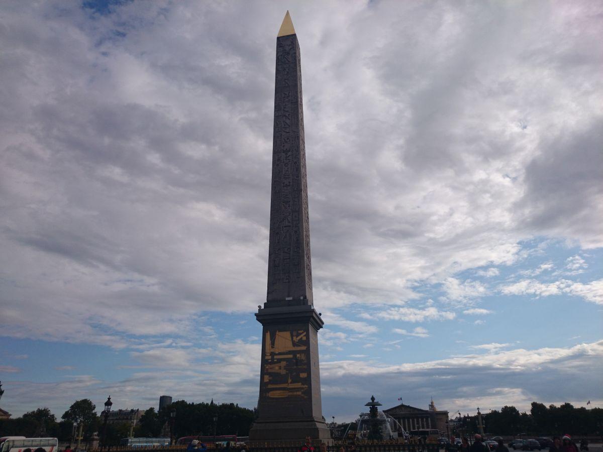 コンコルド広場 クレオパトラの針