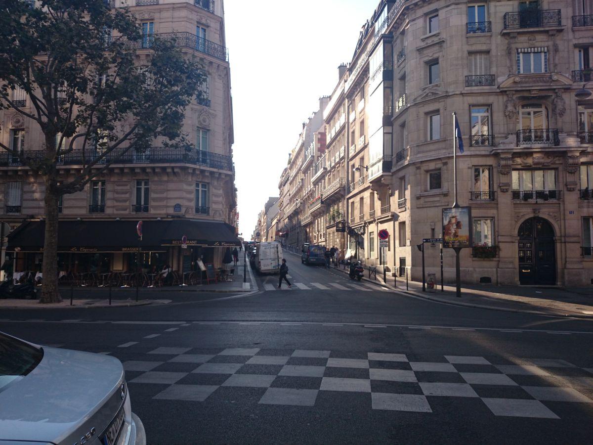 パリ 町並