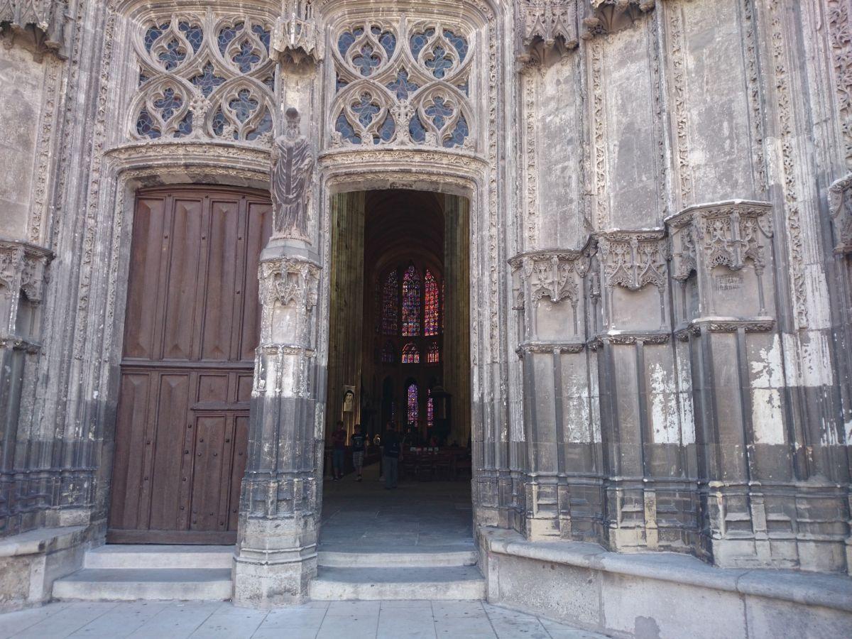 サン・ガシアン大聖堂 ステンドグラス