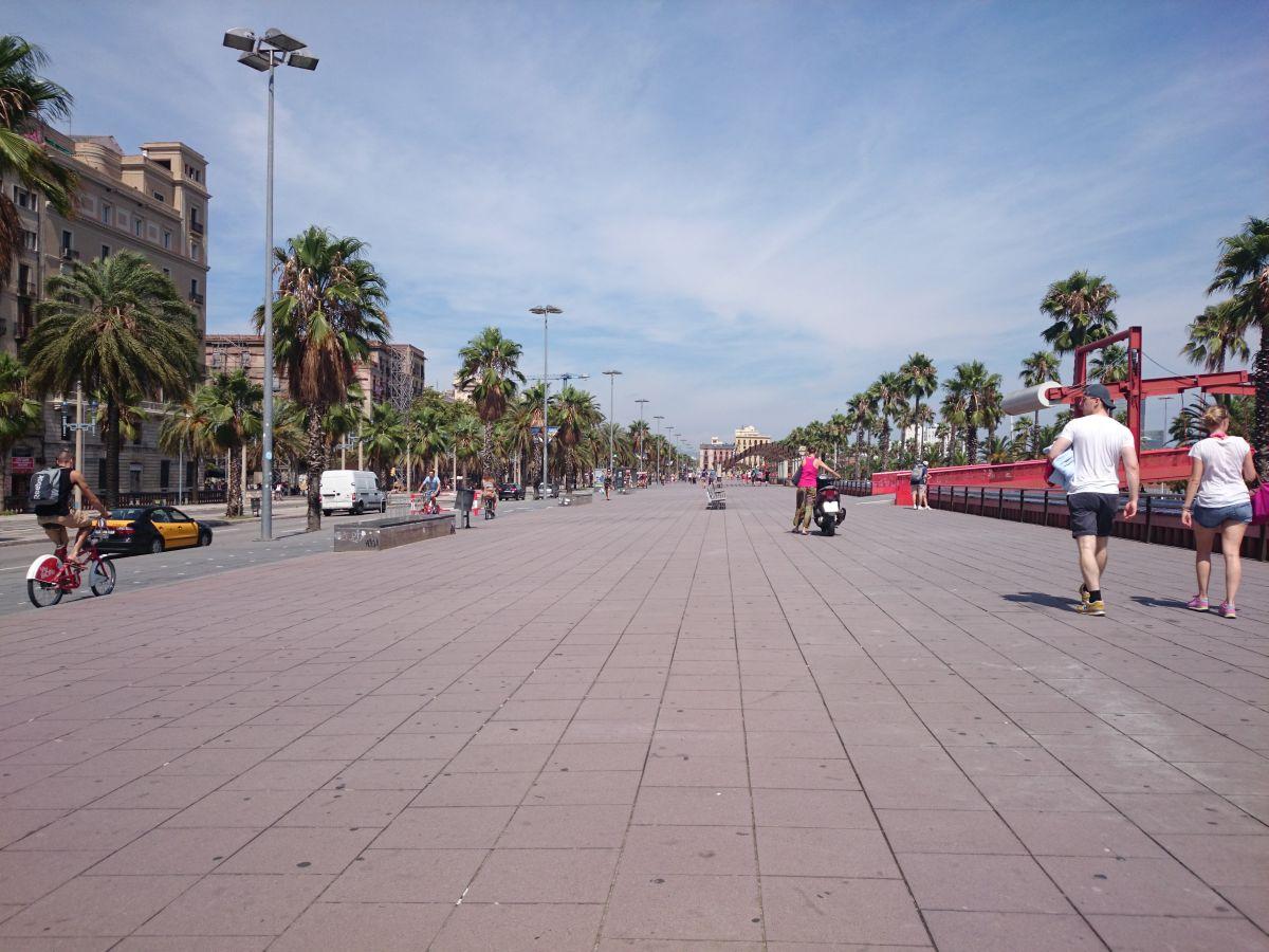 バルセロナ 地中海