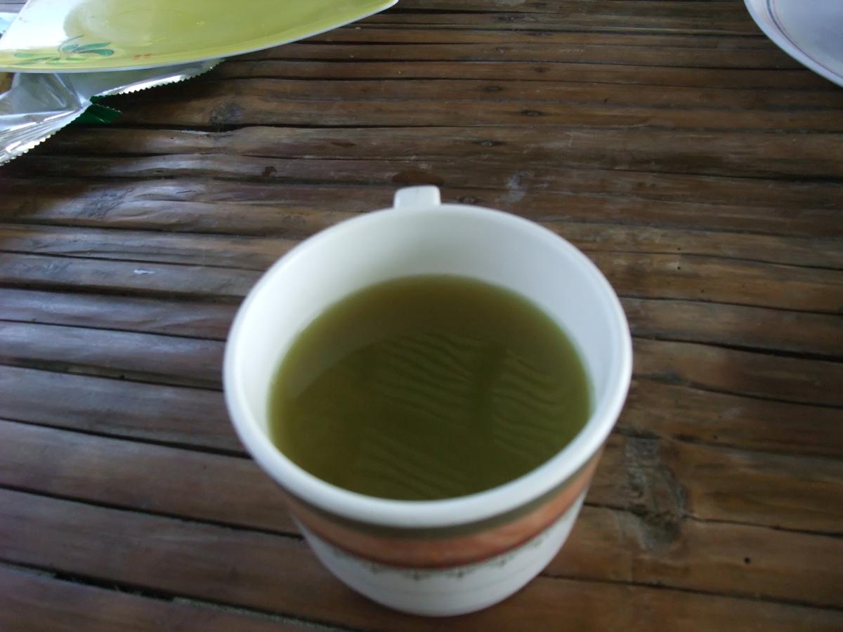 タール湖 お茶