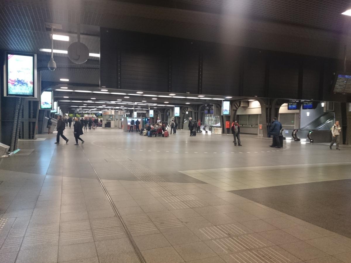 ブリュッセル南駅 Gare de Bruxelles-Midi